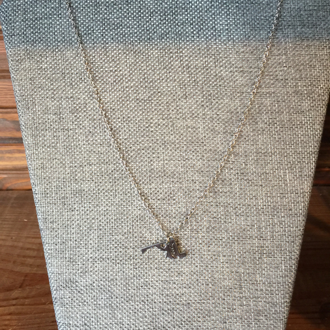 Jewelry - State of Maryland Necklace