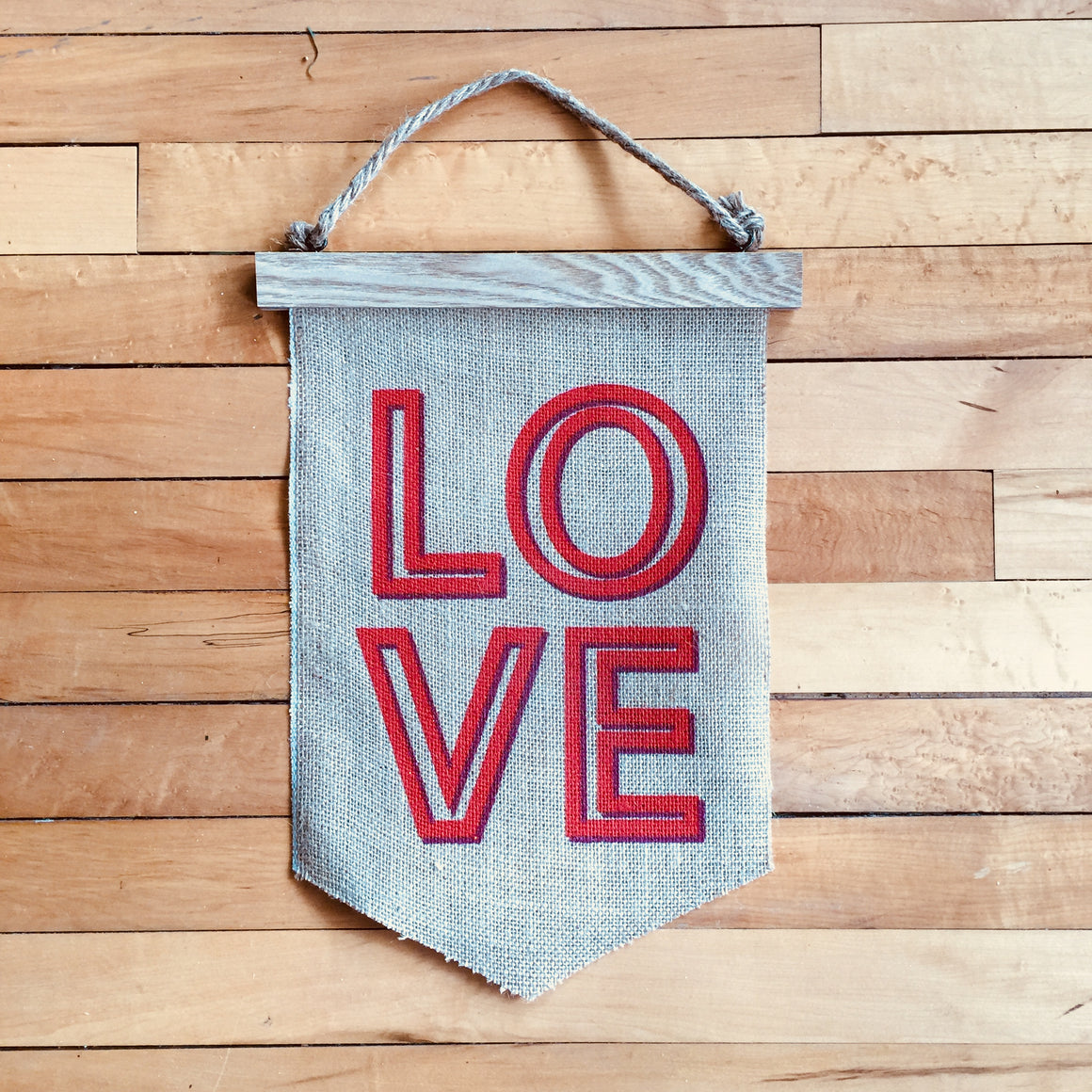 Hanging Banner - LOVE
