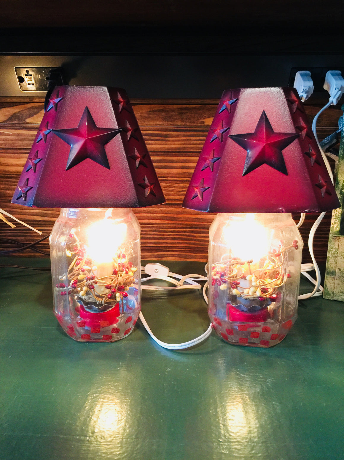 Electric Jar Lamp with Red Star Shade