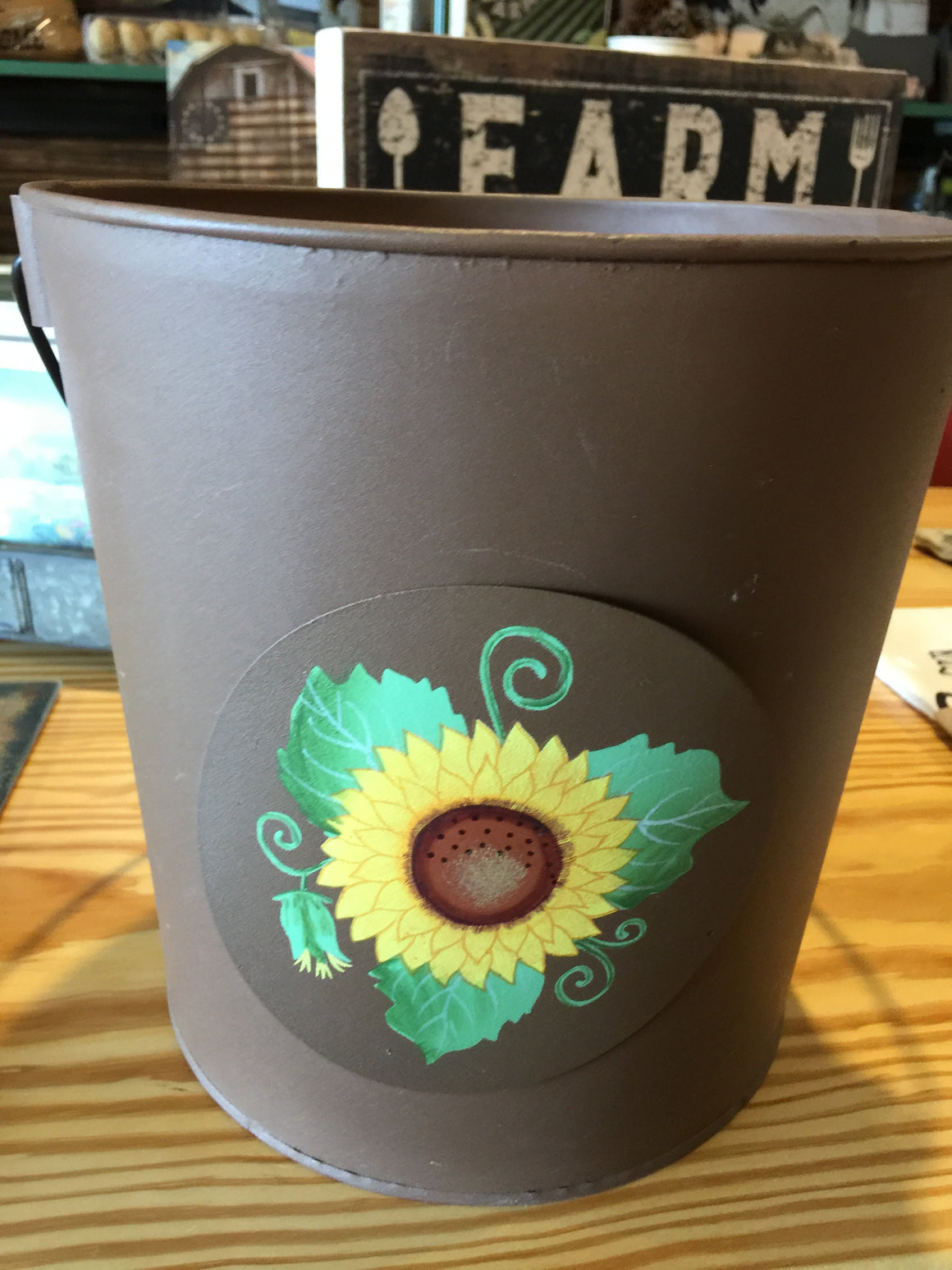Bucket with Interchangeable Seasonal Decorations