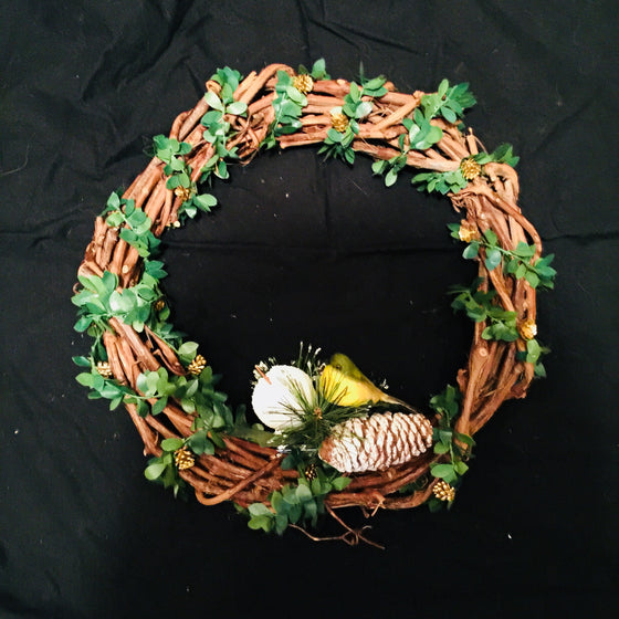 "Christmas Wreath - 14"" Grapevine wreath with Bird"