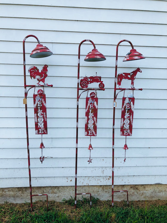 Rustic Metal Solar Lamp Post Welcome Signs