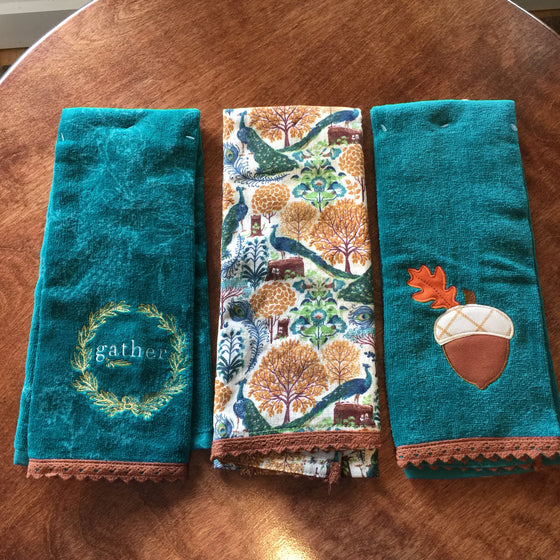 Hand Towels - Plush Terry Cloth Autumn Themed Hand Towels