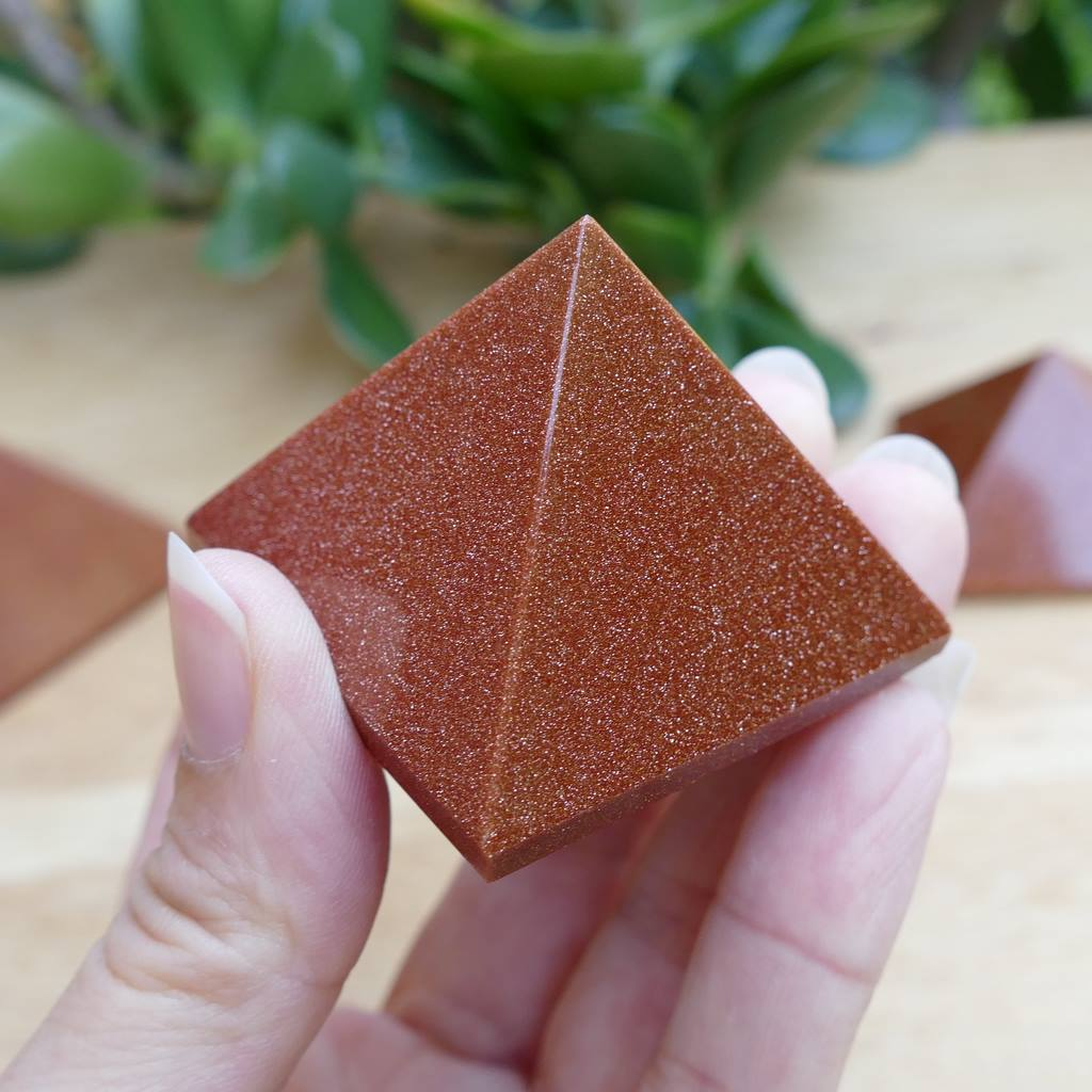 Goldstone Pyramid - Enjoy the Magic of This Glittering Stone