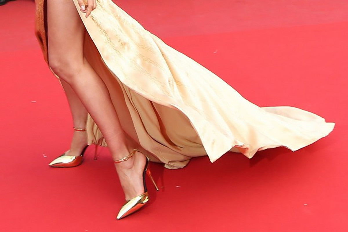 Fashion Blog - Extraordinary Ordinary Day EOD Heels or Flats The Red Carpet Dilemma