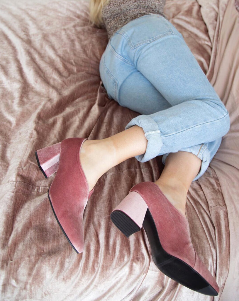 Instagrammer Alexandra Robb styles her Tara pumps by ASHLEY LIM, formerly EOD