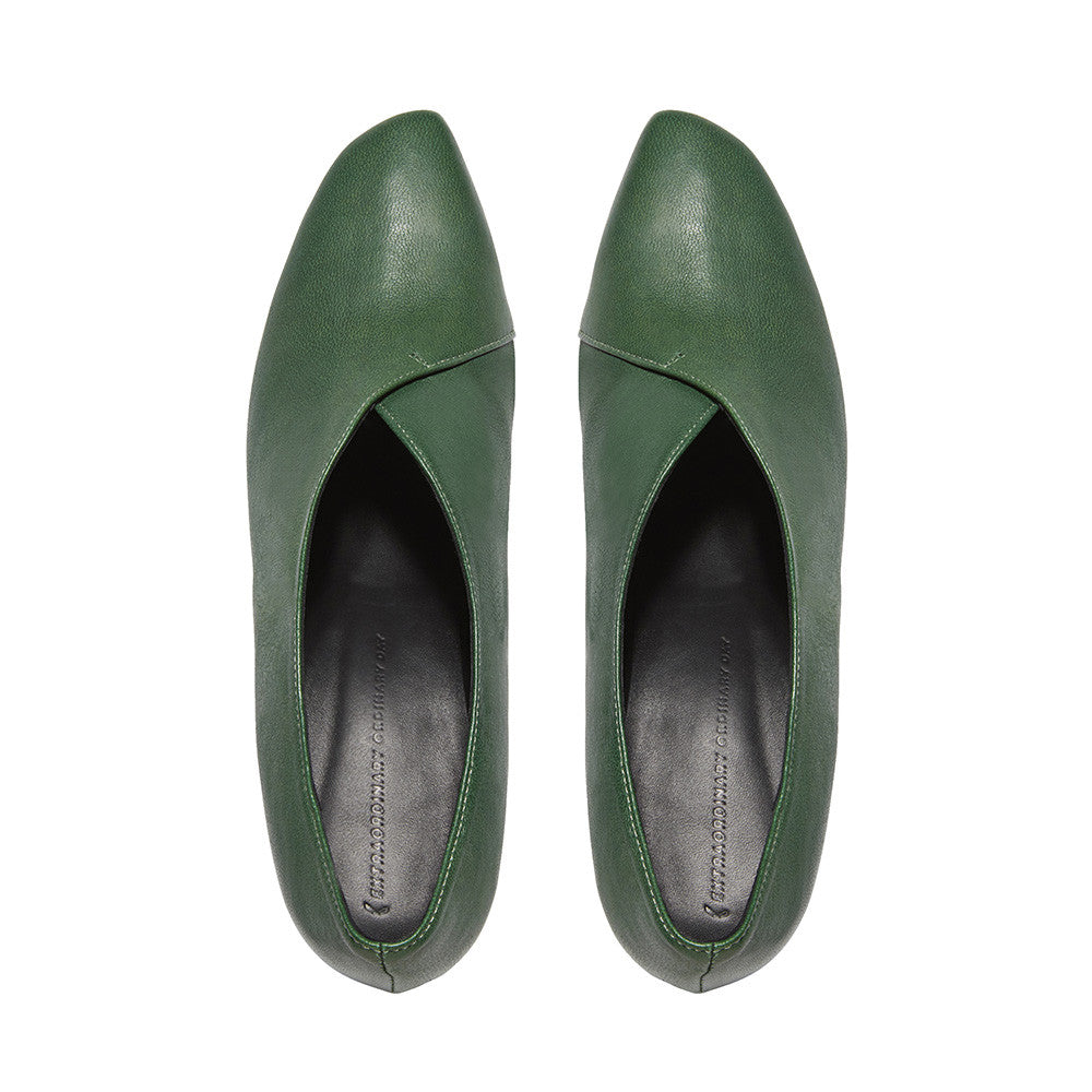 Women's Designer Pump Heel Shoes - Tara Green Leather Pumps - Flatlay