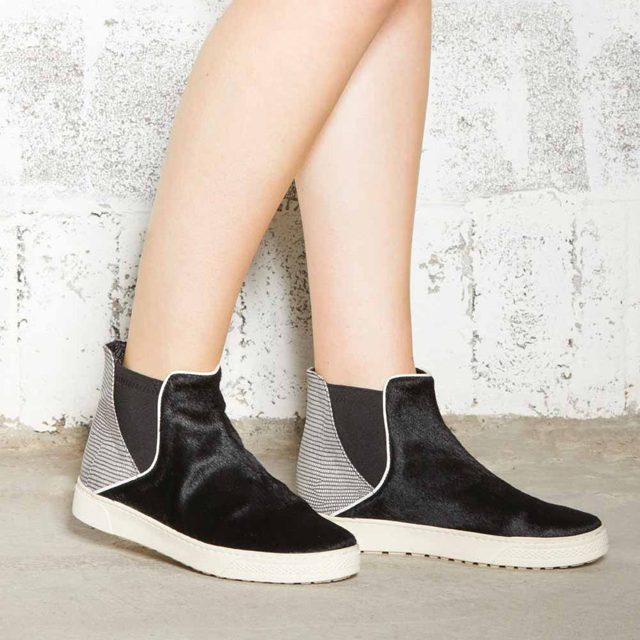 Women's Designer Shoes - Venice Black Chelsea Boots - Side