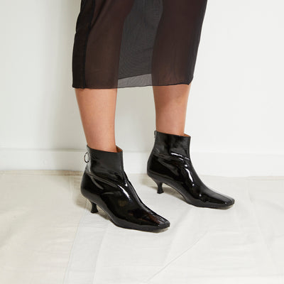 FEMME Ankle Boots - Black - Extraordinary Ordinary Day