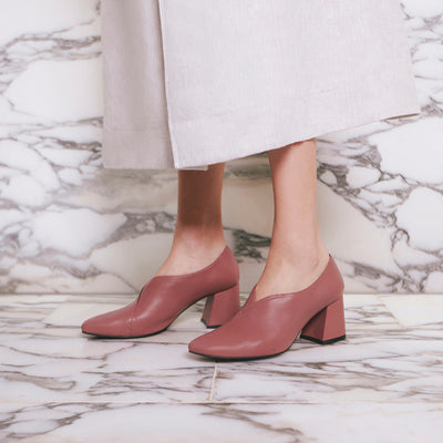 TARA Pump Heels - Blush Pink, Leather - Extraordinary Ordinary Day