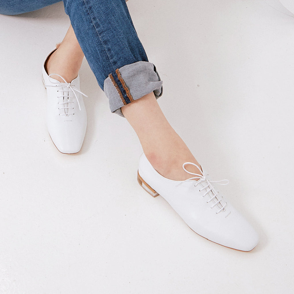 MARIE White Leather Lace-up Flats