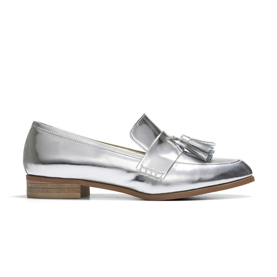 Women's Designer Shoes - Ecstasy Tassel Loafers Metallic Silver - Side