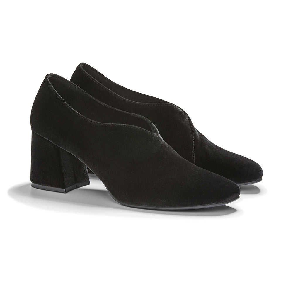 Women's Designer Pump Heel Shoes - Tara Black Velvet Pumps - Prospective