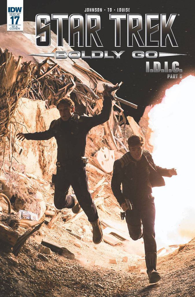 Star Trek Boldly Go #17 1/10 Chris Pine Anton Yelchin Photo Variant