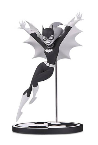 BATMAN BLACK & WHITE BATGIRL BY BRUCE TIMM STATUE