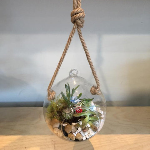 TT0006 - Hanging bowl with rope