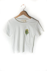 "BROTHERS ""BOTANICAL BOUTONNIERE"" CROPPED TEE"