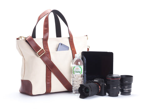 Signature v1.4 Off-white : Waxed canvas trimmed with leather handmade sanchatthai camera bag