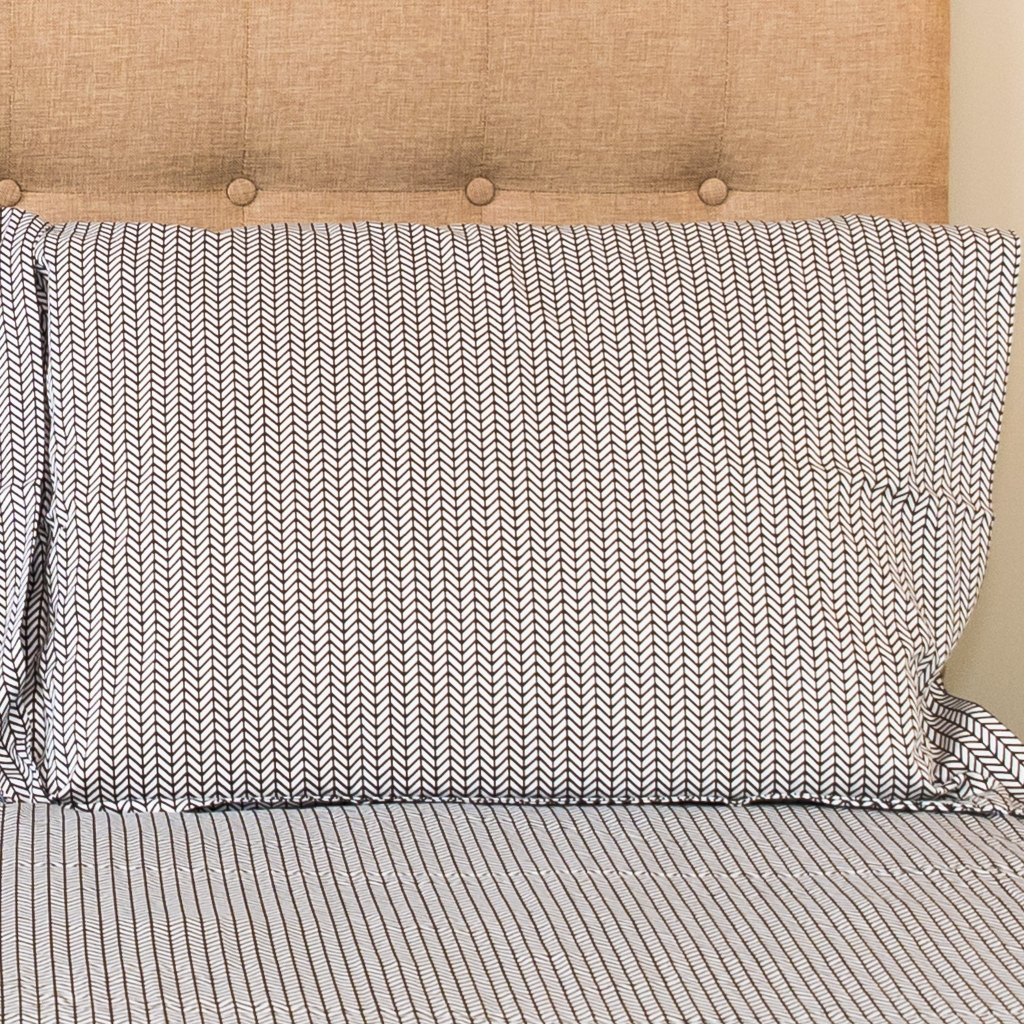 Herringbone Shams in Black - caché district