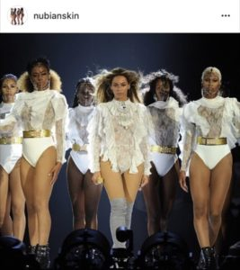 Beyoncé wearing @nubianskin lingerie on the 'Formation' Tour