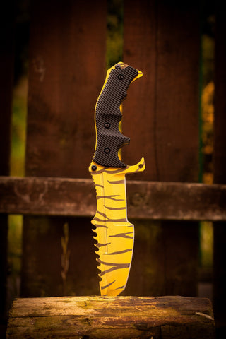 CSGO Huntsman Knife - Tiger Tooth - cs:go knives in real life, irl, uk