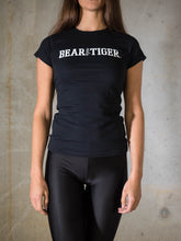 Bear Eats Tiger beareatstiger tshirt kleren fitness clothing gym crossfit black and white girls shirt vrouw meisjes