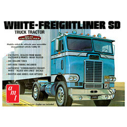 White Freightliner Single Drive Tractor 1/25 (PART# AMT1004)