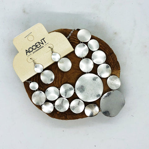 Accent Accessories Silver Disk Earrings/Necklace Set