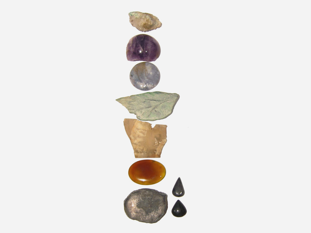 7 essential chakra crystals for beginners