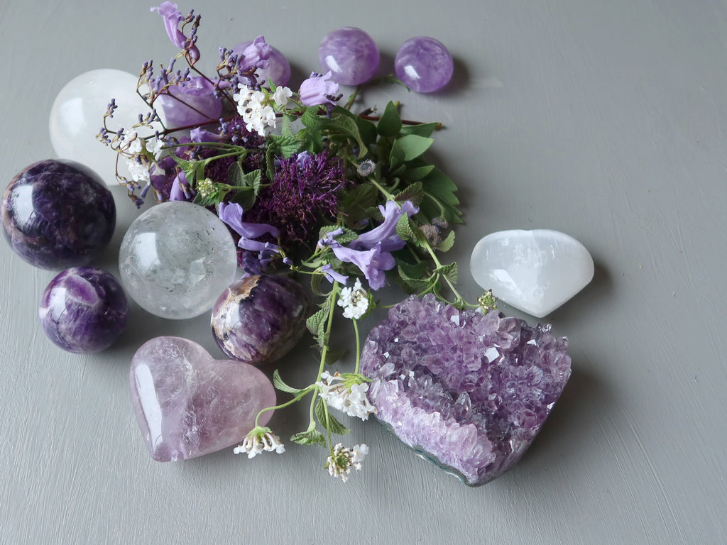 crown chakra crystals and flowers