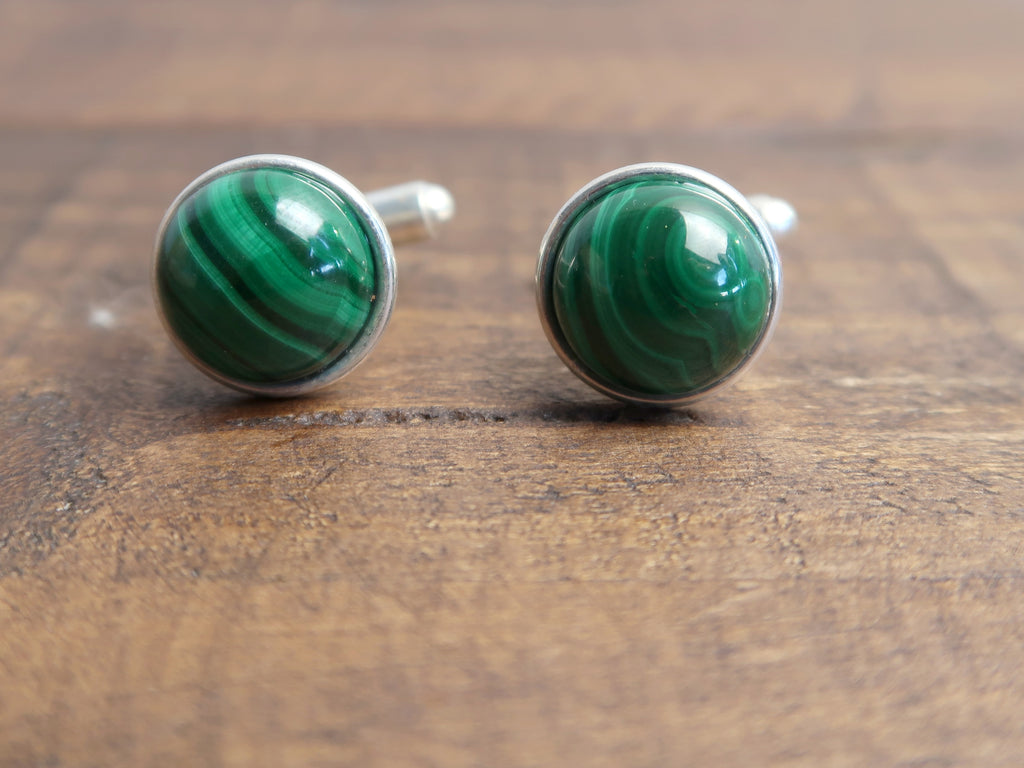 malachite in silver cufflinks