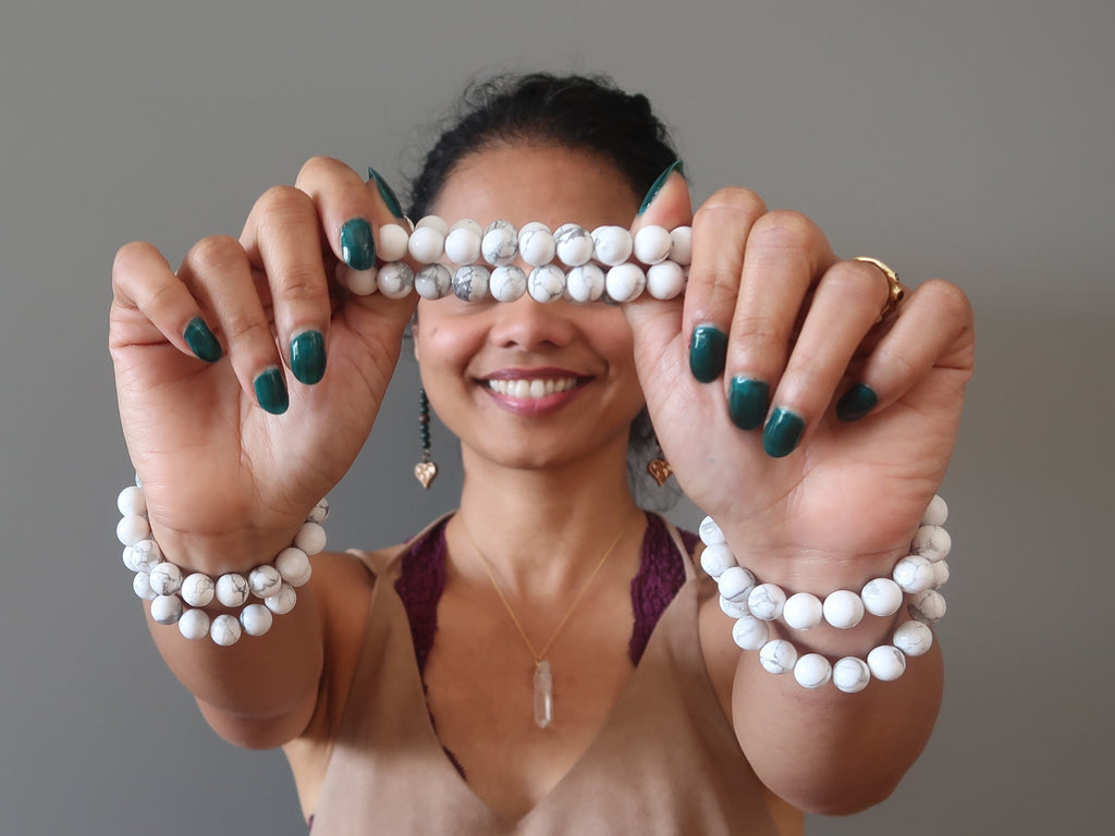 Howlite Article - Mineral Facts & Crystal Healing Properties