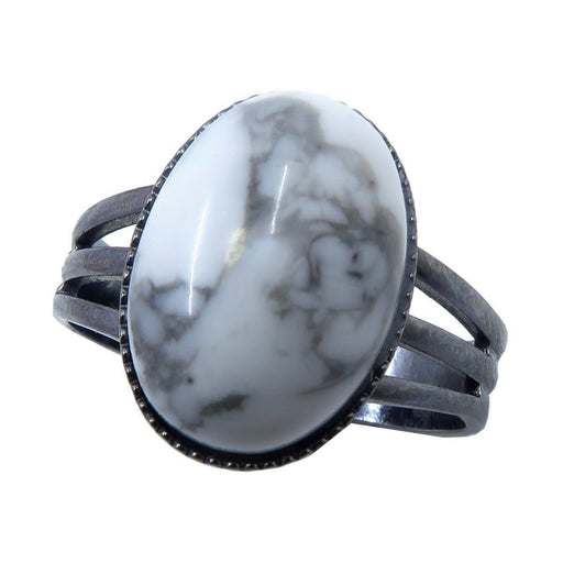 white and gray howlite oval in gunmetal ring