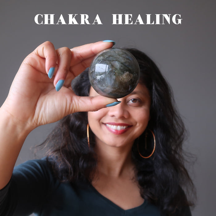 sheila of satin crystals healing the third eye chakra with a labradorite sphere