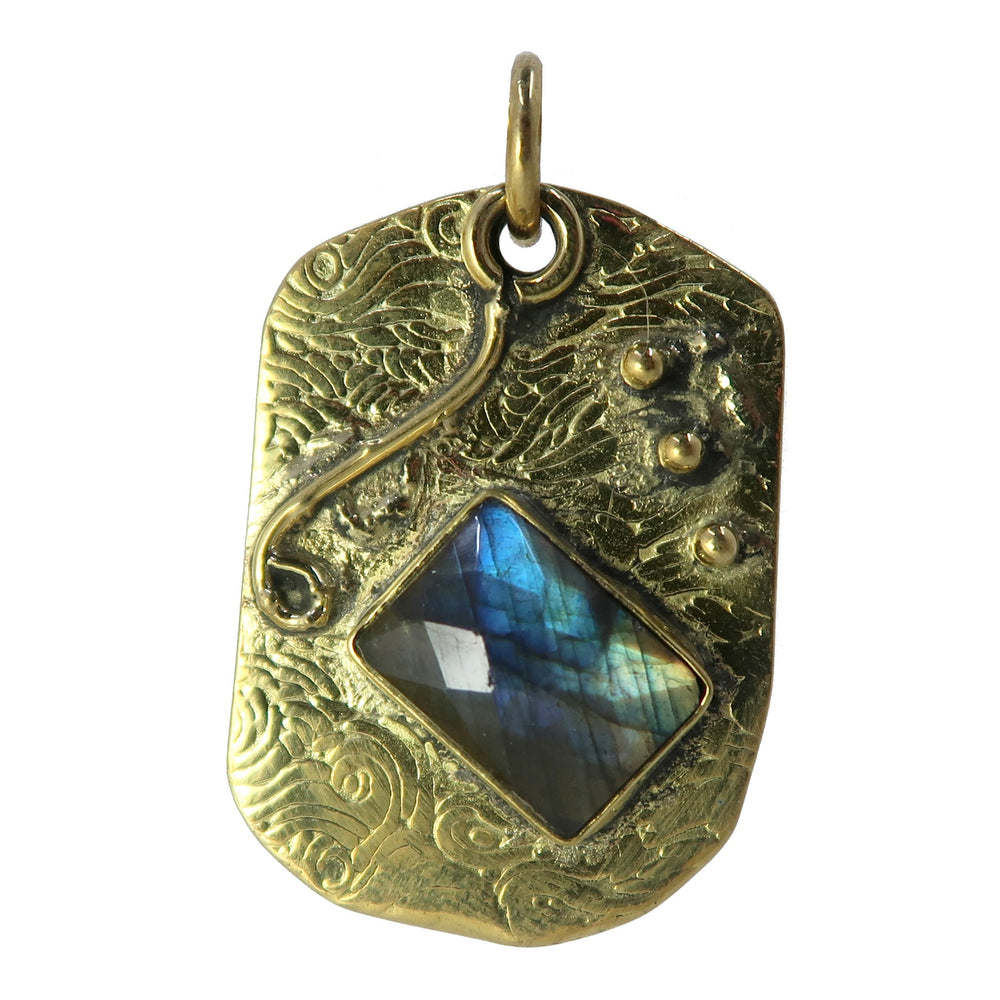 Labradorite Pendant Boutique Tibetan Faceted Rainbow Sheen Gemstone B01 (Wave)
