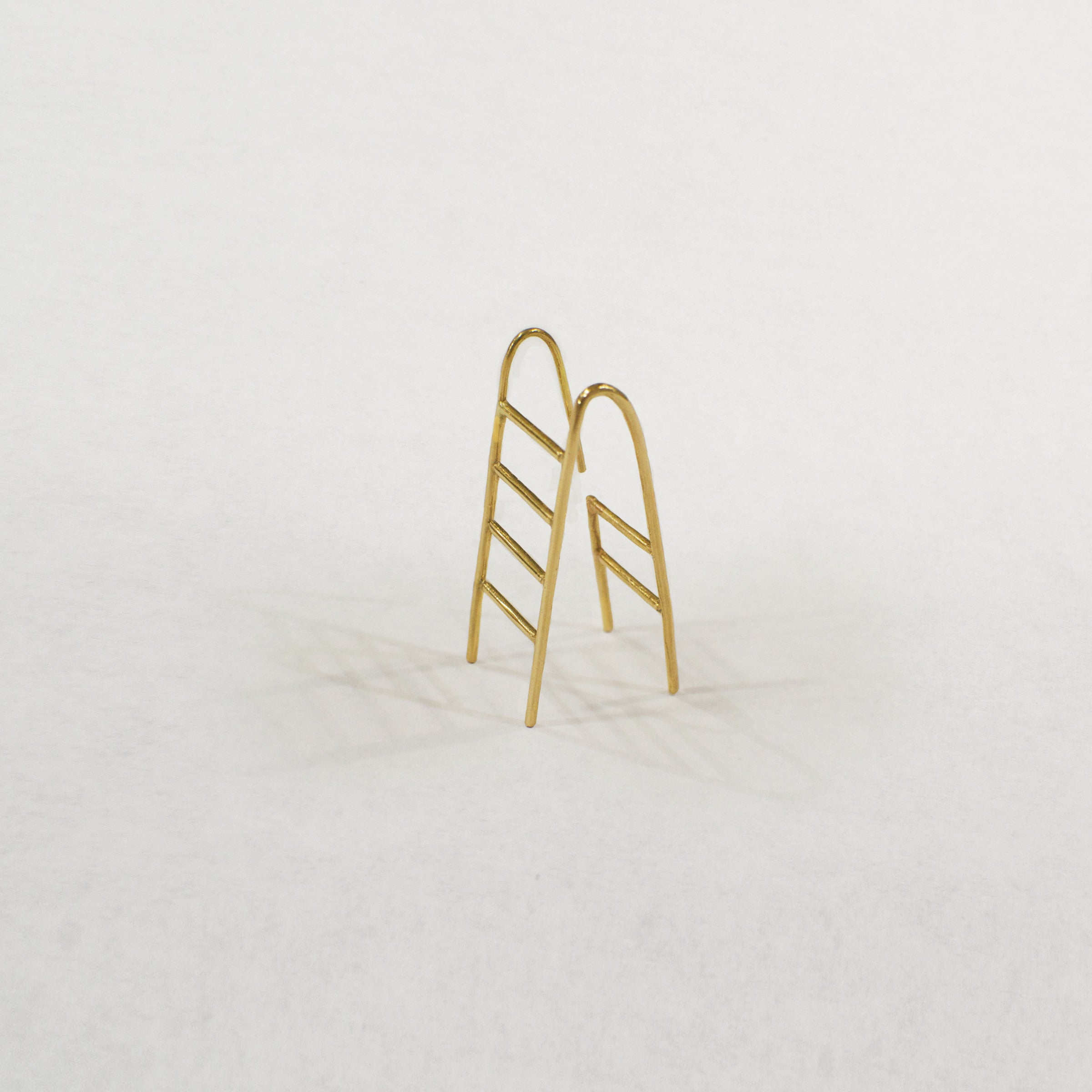 →LADDER← EARRING