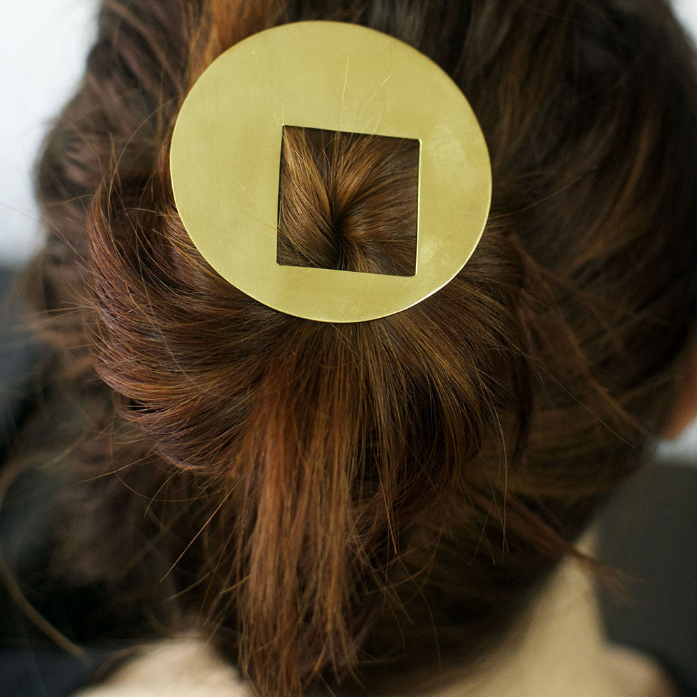 →Square Dot← Hairpin