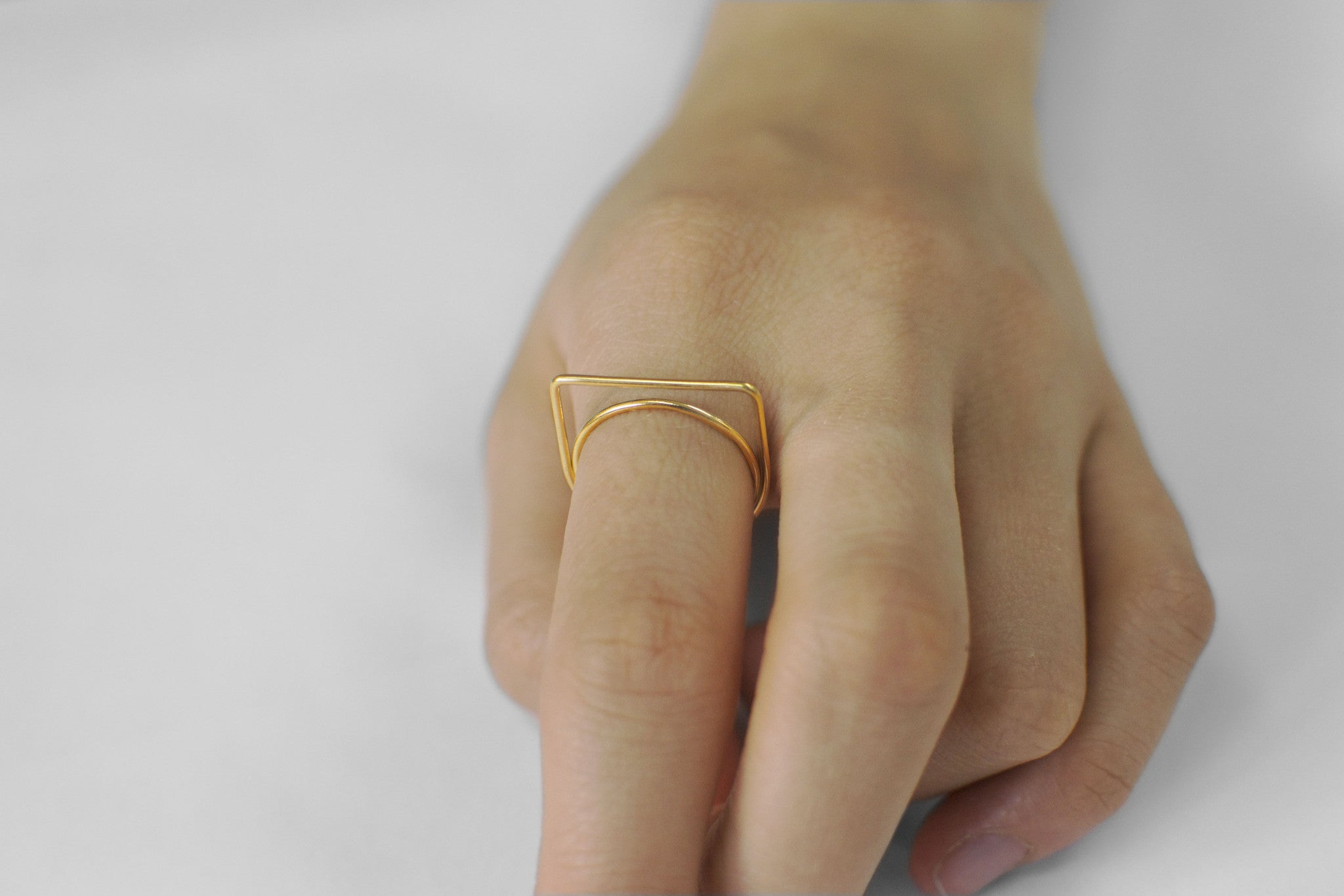 →Square Top← Finger Ring