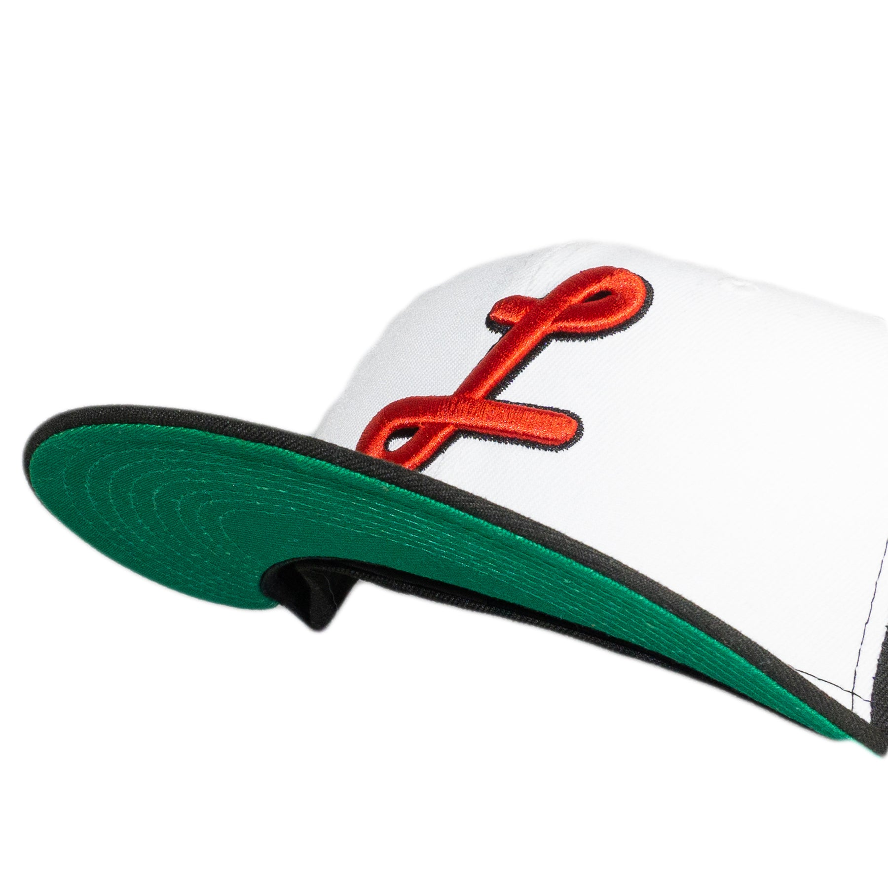 Pretzel 'Bulls'  Fitted Hat