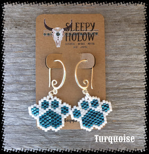 beaded paw print-paw print earrings-beaded paws-dog lover jewelry-paw earring-beaded earrings-turquoise paw prints
