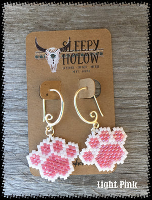 beaded paw print-paw print earrings-beaded paws-dog lover jewelry-paw earring-beaded earrings- pink earrings
