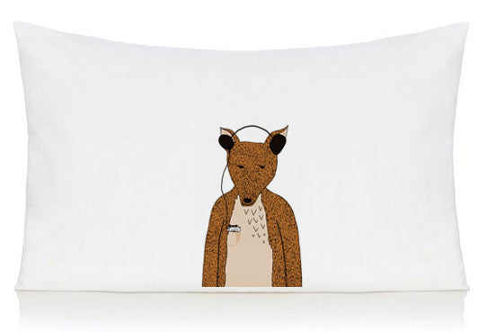 Hollywood the fox pillow case
