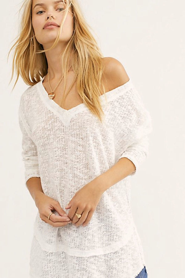 Free People| White| Light| Airy| oversized| Long sleeve| v-neck| Long| tunic | top