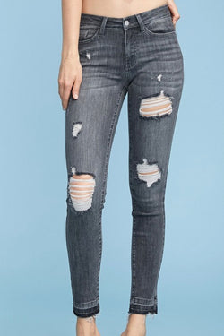 Judy Blue| washed| distressed| grey| midrise| skinny| jeans