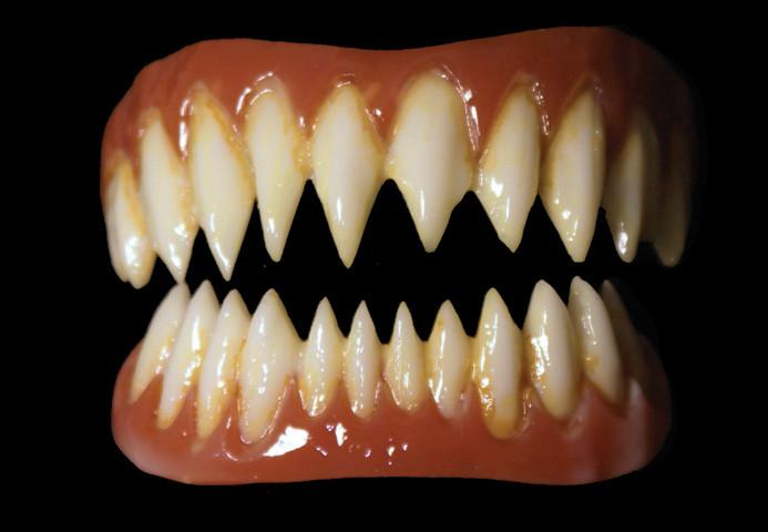 Dental Distortions: Pennywise Veneers