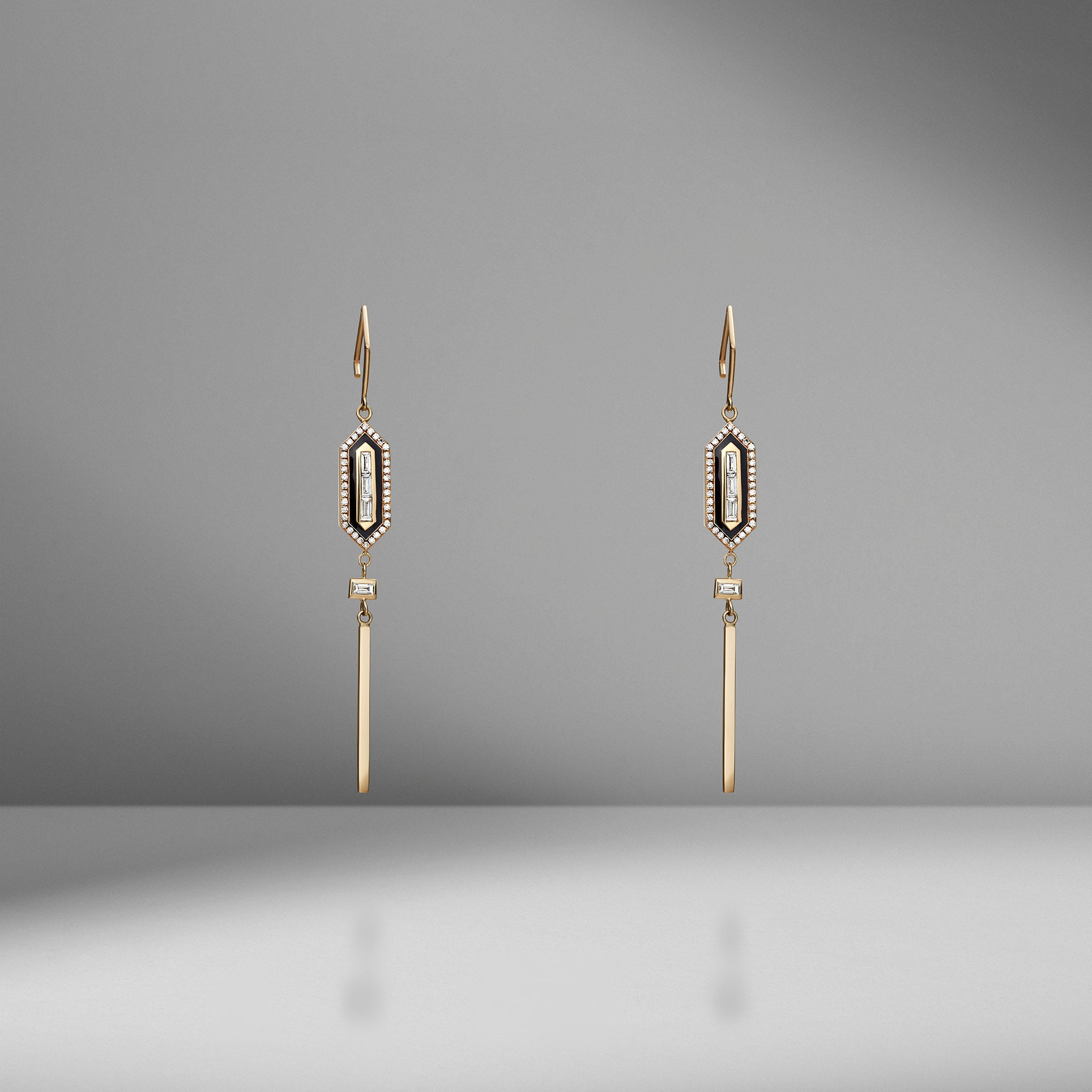N/S Diamond Long Enamel Earring