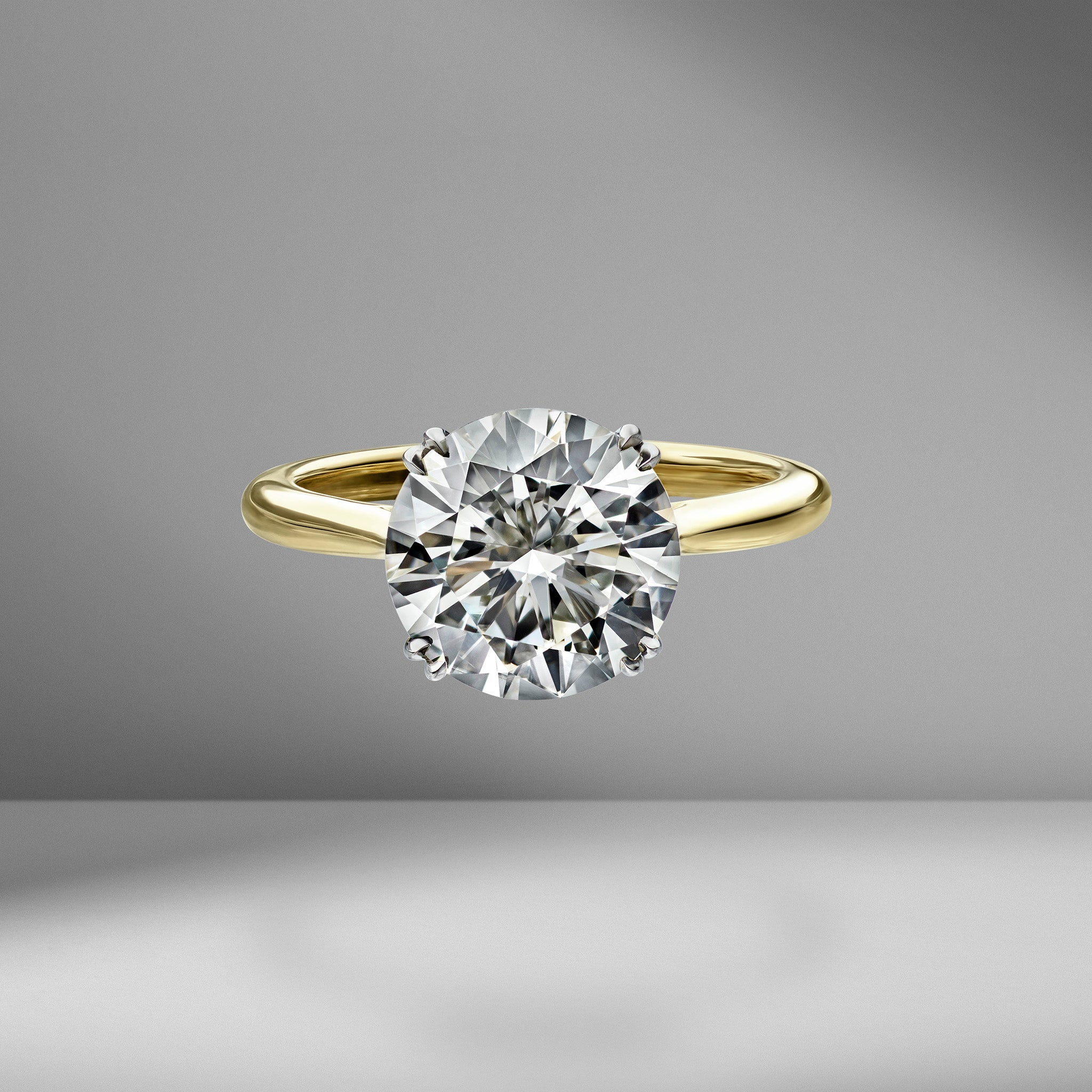 Round Brilliant Cut Solitaire Engagement Ring