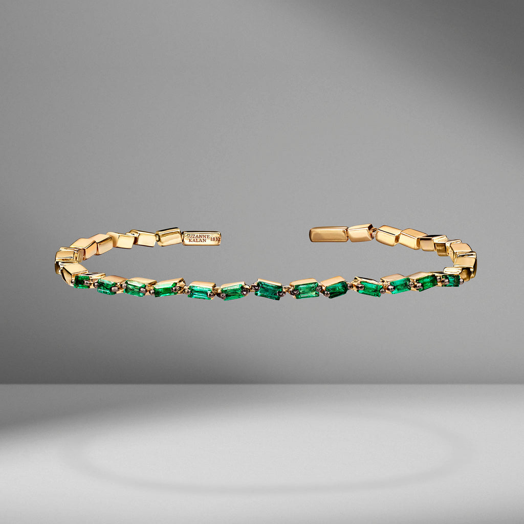Thin Emerald ZigZag Bangle
