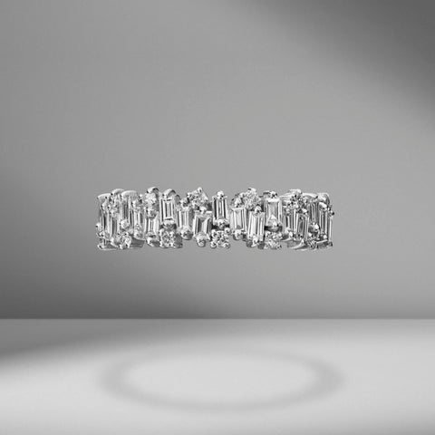 Staggered Diamond Half Band