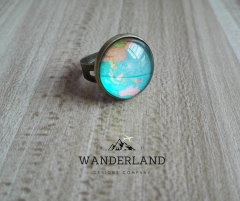 Adjustable Vintage Glass Dome Globe Ring - FREE SHIPPING WORLDWIDE